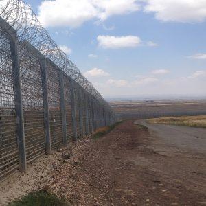 要求全長の柵の製作
